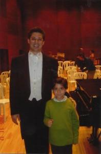 Con Leonel Morales