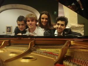 Con mis compañeros en el MUBAG (Museo de Bellas Artes Gravina) de Alicante